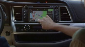 2017 Toyota Highlander TV Spot, 'Live With Peace of Mind' - Thumbnail 2