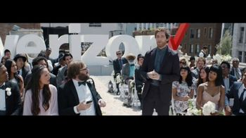 Verizon TV Spot, 'Live Wedding: Google Pixel' Featuring Thomas Middleditch - Thumbnail 6
