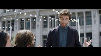 Verizon TV Spot, 'Live Wedding: Google Pixel' Featuring Thomas Middleditch - Thumbnail 7