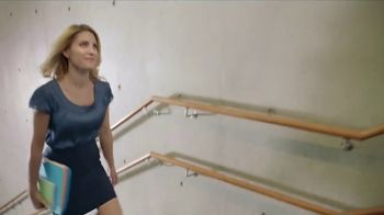 Dr. Scholl's Orthotics TV Spot, 'Sarah was Born to Move' - Thumbnail 2