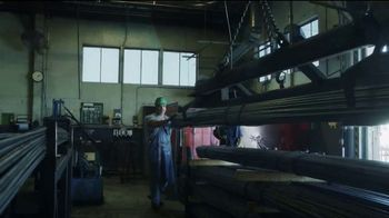 Walmart TV Spot, 'Made in America: More American Jobs' Song by Aerosmith - Thumbnail 4