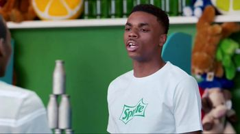 Sprite TV Spot, 'Vince Staples and Random Teenagers in a Summer Sprite Ad'