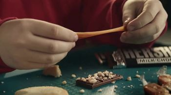 Hershey's Cookie Layer Crunch TV Spot, 'Kids Table' - Thumbnail 5