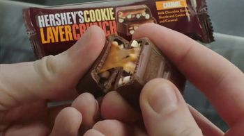 Hershey's Cookie Layer Crunch TV Spot, 'Kids Table' - Thumbnail 7