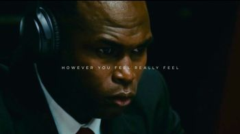 Bose TV Spot, 'Julio Jones Is Charged Up' Song by Gizzle